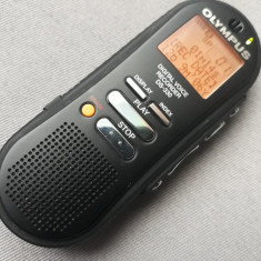 REPORTOFON OLYMPUS DS-330 FUNCTIONAL CU CONECTARE USB
