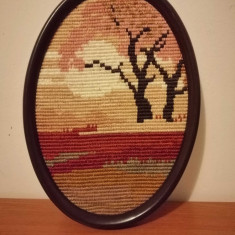 Goblen, rama plastic ovala, fara sticla, 24x17.5 cm