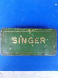 Singer cutie metalica veche pentru accesorii masina de cusut