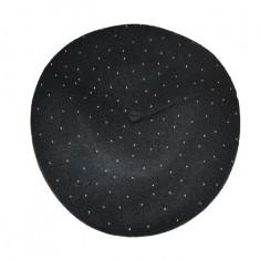Caciula clasica , nuanta de negru prevazuta cu jnur reglabil