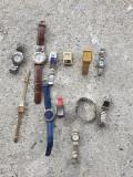 lot 12 ceasuri de mana