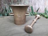 Mojar vechi din bronz cu pistil