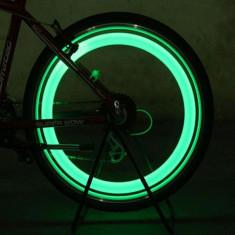 Lumina ventil tip licurici pentru roti, senzor miscare, set 2 bucati