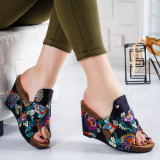 Papuci Iceri negri cu flori -rl