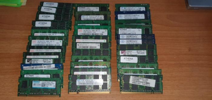 LOT 40 Memorii Laptop 1GB DDR2 PC5300 PC6400