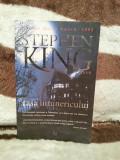 CASA INTUNERICULUI-STEPHEN KING