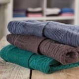 Cumpara ieftin Burti detergent lichid pentru lana, puf si matase 1,45 l