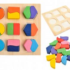 Set Puzzle Educational din Lemn cu Forme Geometrice Multicolor, Dimensiuni 15x15 cm