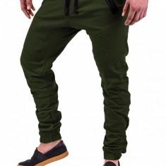 Pantaloni pentru barbati verde cu siret negru banda jos casual elastic P389