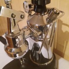 aparat cafea La Pavoni