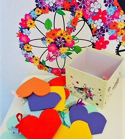 12 Motive Te Iubesc, mesaje-inima, diverse modele pentru cutii, cadou iubit(a), multicolor