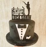 """Topper de tort """"Dirijorul"""" cu note muzicale și nume"""
