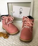 Bocanci roz cizme ghete imblanite perle albe fermoar fete copii bebe 20 21 22, Din imagine