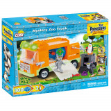 Cumpara ieftin Set de construit Cobi, Penguins of Madagascar, Mystery Zoo Truck (300 pcs)