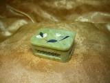 Cutiuta caseta bijuterii, saruri, pilule, onix cu insertii, vintage