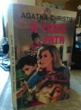 Cumpara ieftin A treia fata de Agatha Christie