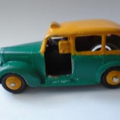 bnk jc Dinky 254 Austin Taxi