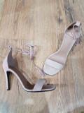 REDUCERE ! Superbe sandale elegante dama noi piele intoarsa comode 39, Nude
