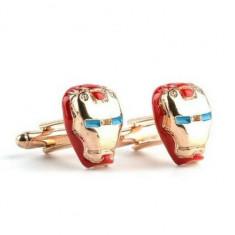 Set butoni metalici super erou Iron Man, aurii cu rosu + ambalaj cadou