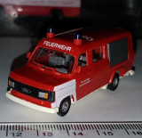 bnk jc Revell Praline  82406 Ford Transit Feuerwehr  1/87