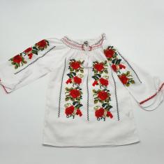 Ie traditionala fetite Olguta 2