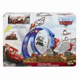 SET DE JOACA PROVOCAREA DE PE PISTA CARS XRS MUD, Mattel