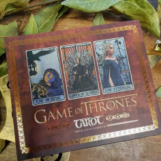 Game of Thrones/Urzeala Tronurilor-CARTI TAROT ed lux,format mare+carte cartonat