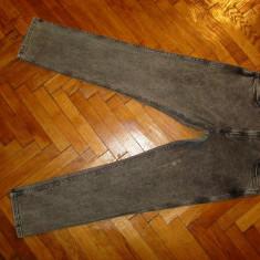 "Blugi Wrangler ""Greensboro""-Marimea W33xL32 (talie-88cm,lungime-103cm), 33, Gri, Lungi"