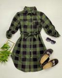 Cumpara ieftin Rochie ieftina casual stil camasa khaki cu negru cu carouri si cordon in talie