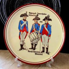 Farfurie veche uniforme infaterie 1792.Cantonul Appenzell Innerrhoden.D19cm.
