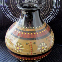 Vaza veche de olarie semnata de Ruth Bieri-Äebi(1927-2014).H 20cm.Rara.