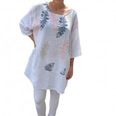 Bluza lejera Debrah cu imprimeu tip pana pe fond alb, 50, 52, 54, 56, 58