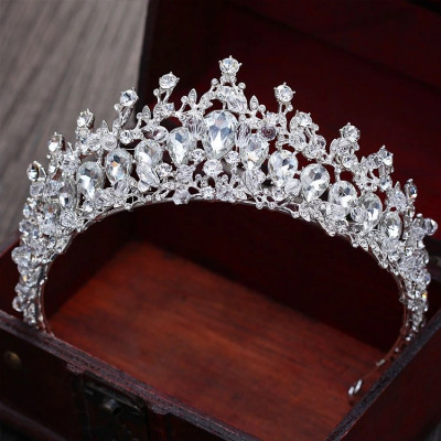 Diadema / tiara mireasa Pure Diamonds foto