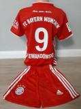 Echipament fotbal pt copii F.C. BayernMunchen Lewandowski marimea 140