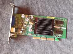 placa video AGP - 128 Mb - foto