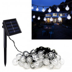 Instalatie solara de exterior cu 30 beculete LED lumina alba-rece, 7 jocuri de lumini, senzor de lumina