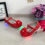 Cumpara ieftin Pantofi rosii cu lumini LED sandale pt fetite 19 20 23 24, Fete