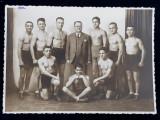 ECHIPA DE BOX A DOMNULUI I. POPESCU , FOTOGRAFIE DE GRUP , MONOCROMA , DATATA MAI 1932