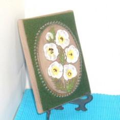 Tablou ceramica basorelief hand made - Primule - design Aimo JIE Gantofta Suedia