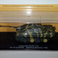 Macheta tanc Jagdpanther Sd.Kfz. 173 Oldenburg 1945  scara 1:72