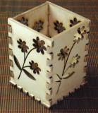 Suport lemn cu motive florale