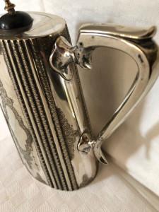 Ceainic Art Deco argintat, anii 1910