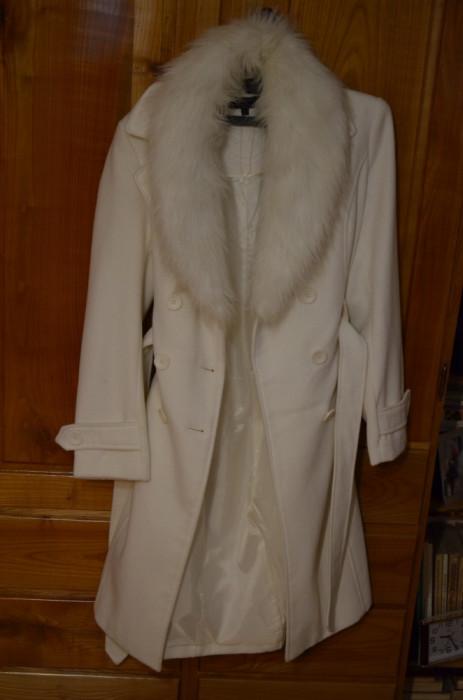 Palton dama marimea L / Palton Italy marimea L / Haina stofa