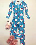 Pijama dama tip salopeta lunga albastra cu maneca lunga si imprimeu HK