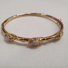 Bratara fixa din aur galben 14K ornamentata cu opale