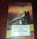 PALATUL DE LA MIAZANOAPTE   de CARLOS RUIZ ZAFON