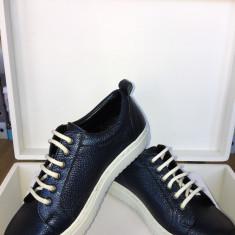 Pantofi sport din piele naturala,fabricati in Ro