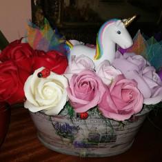 Trandafiri de sapun - Unicorn in gradina cu trandafiri - OKAZIE