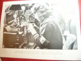 Fotografie ww2 tiparita -Muncitoare Daneze intr-o Intreprindere Germana ,dim18x