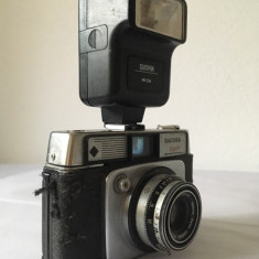 Aparat foto vintage Dacora Super Dignette + blitz Sunpak MX114, pentru colectie